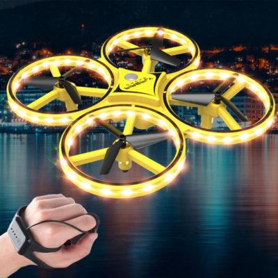 elikoptero drone me led kai xeirismo me to xeri