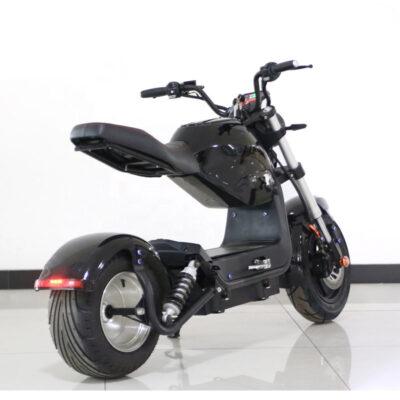 hlektriko scooter oikonomiko me megalh mpataria kai taxythta
